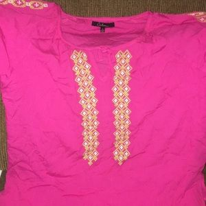 Tops - Pink Short Sleeve Women's Top Size Large Top